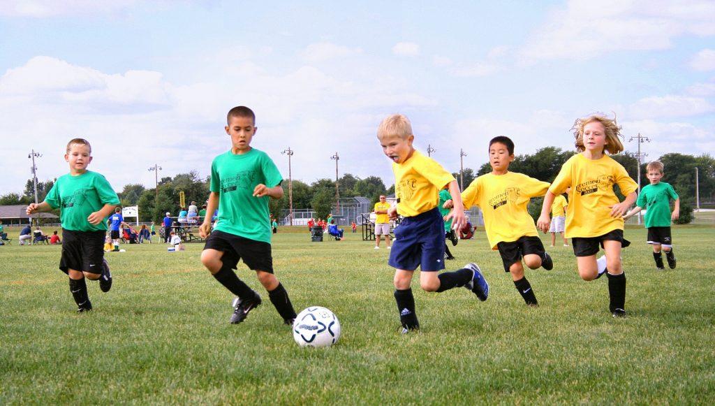 Tout ce qu'il faut savoir avant l'inscription de vos enfants à un club de football